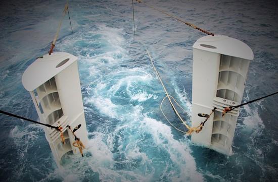 Launching of Tornado pelagic trawl doors